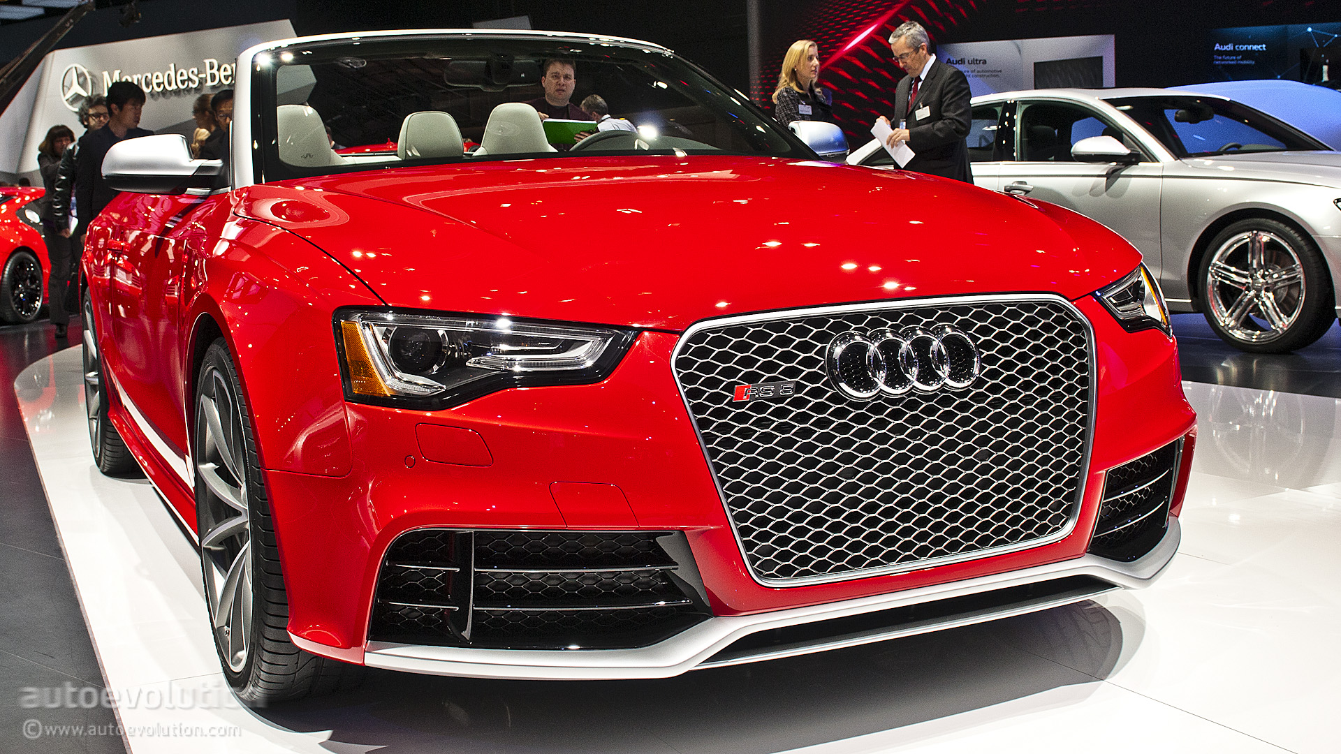 Audi RS5 Cabriolet HD Wallpaper