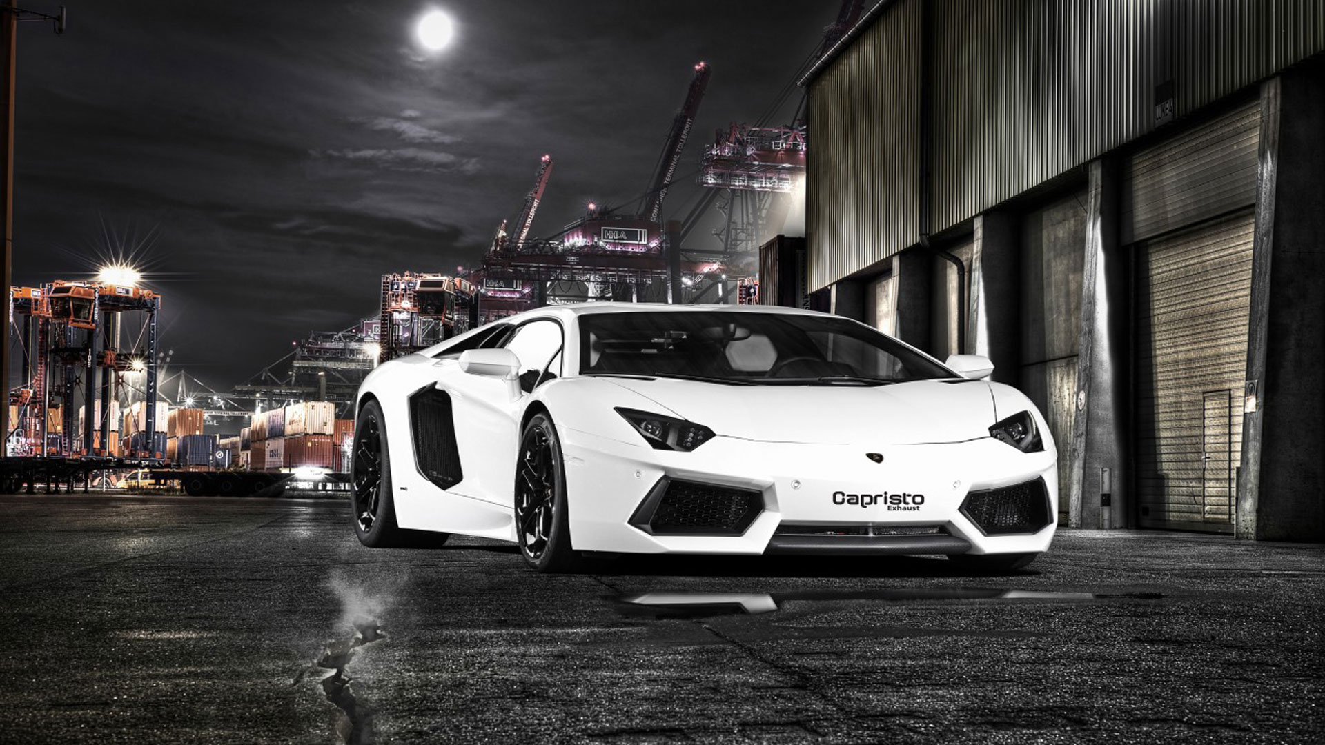 White Lamborghini Aventador HD HD Wallpaper