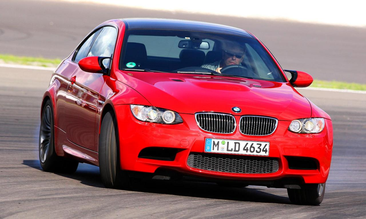 Autozeitung test  BMW M3 vs  Audi TT RS HD Wallpaper