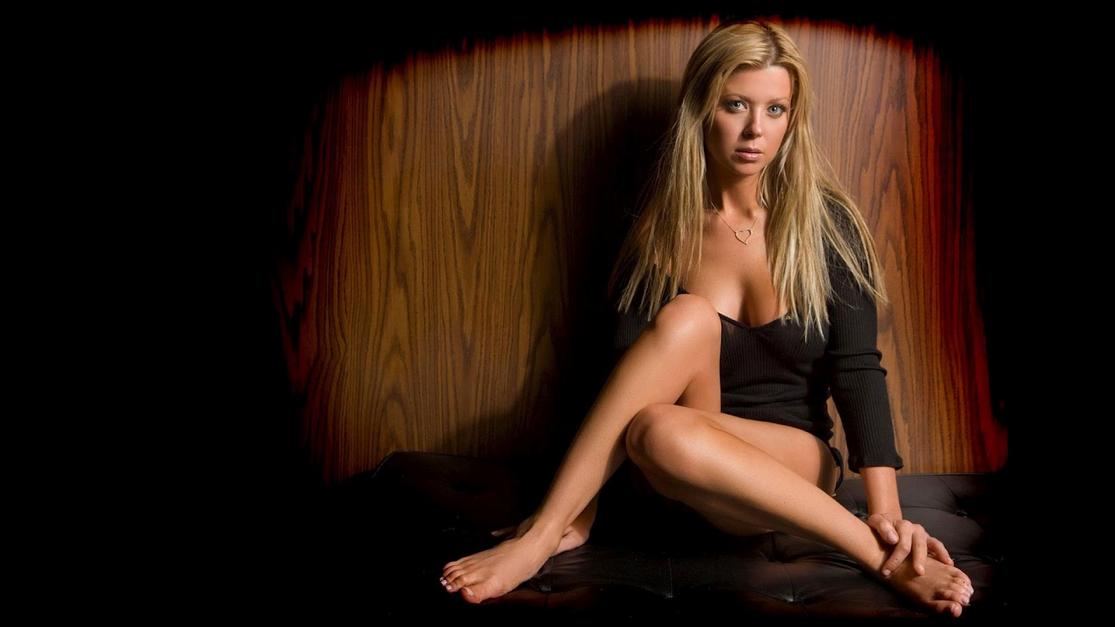 Pictures Tara Reid  HD Wallpaper