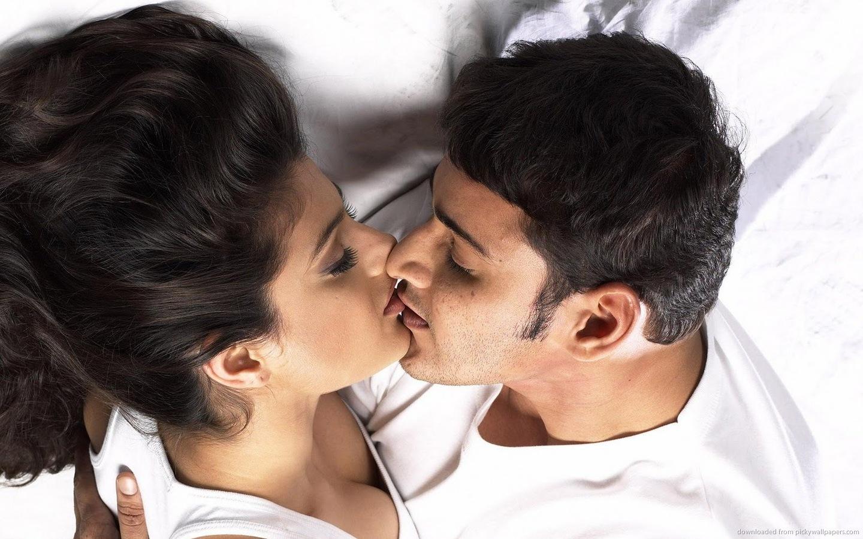 Babu Long Lip Kiss in Nani HD Wallpaper
