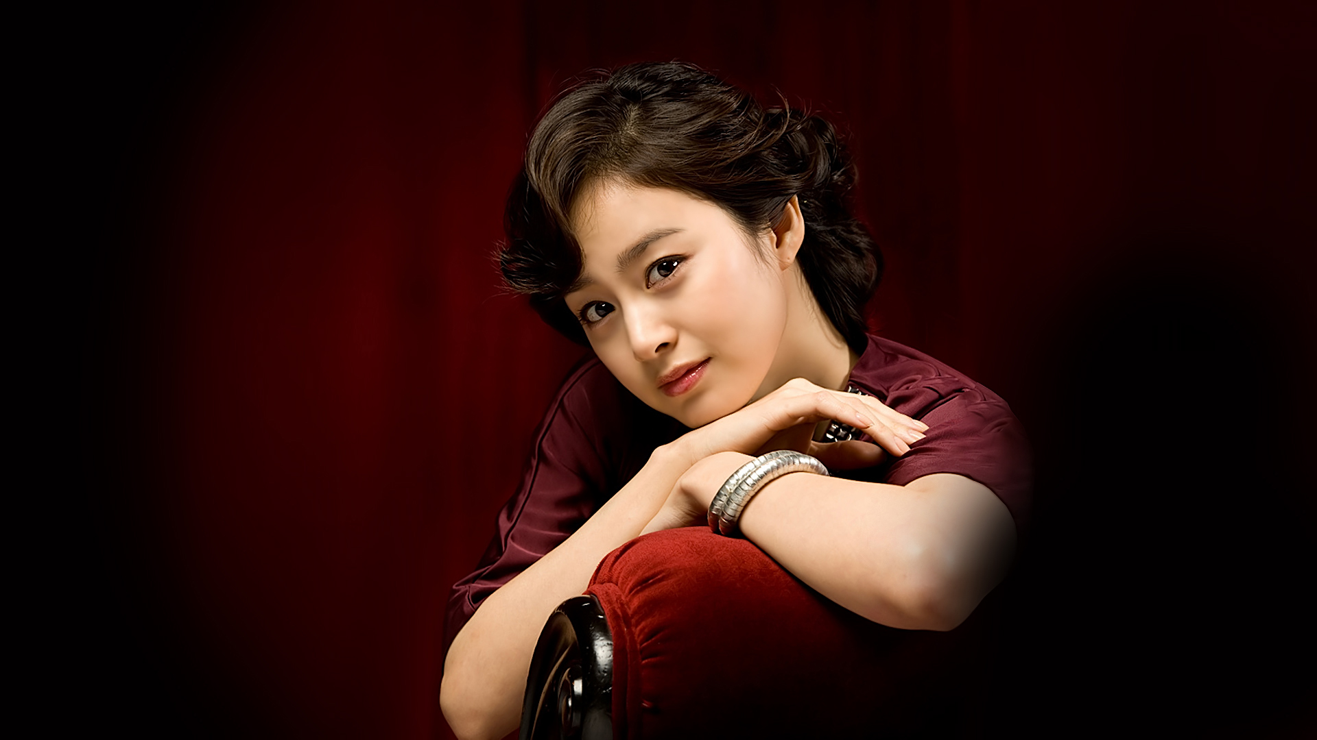 Kim Tae Hee Korean Star HD HD Wallpaper