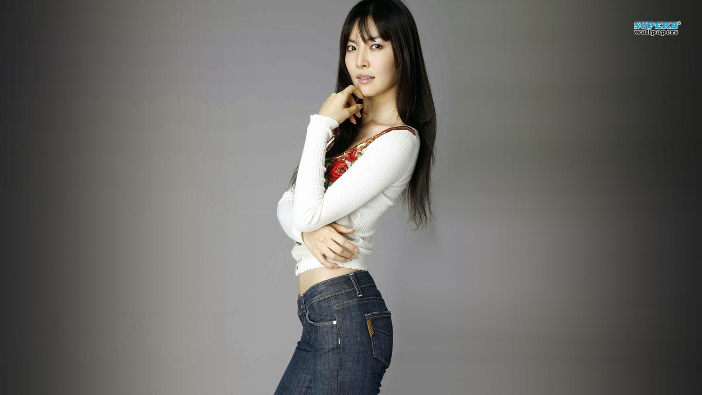 Kim So yeon    Celebrity      HD Wallpaper