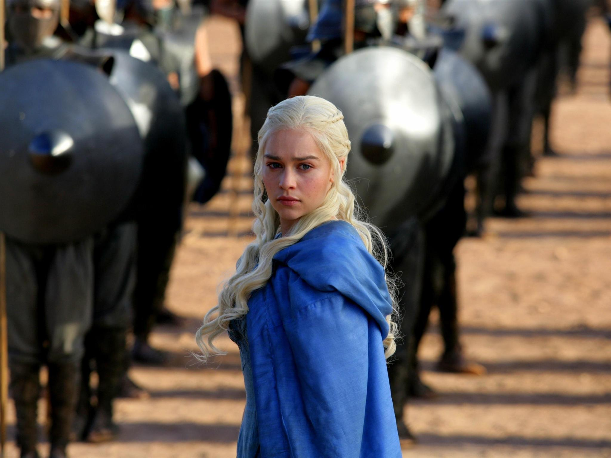 Game Of Thrones 2048x1536 Picture   Game Of Thrones  Emilia Clarke  HD Wallpaper