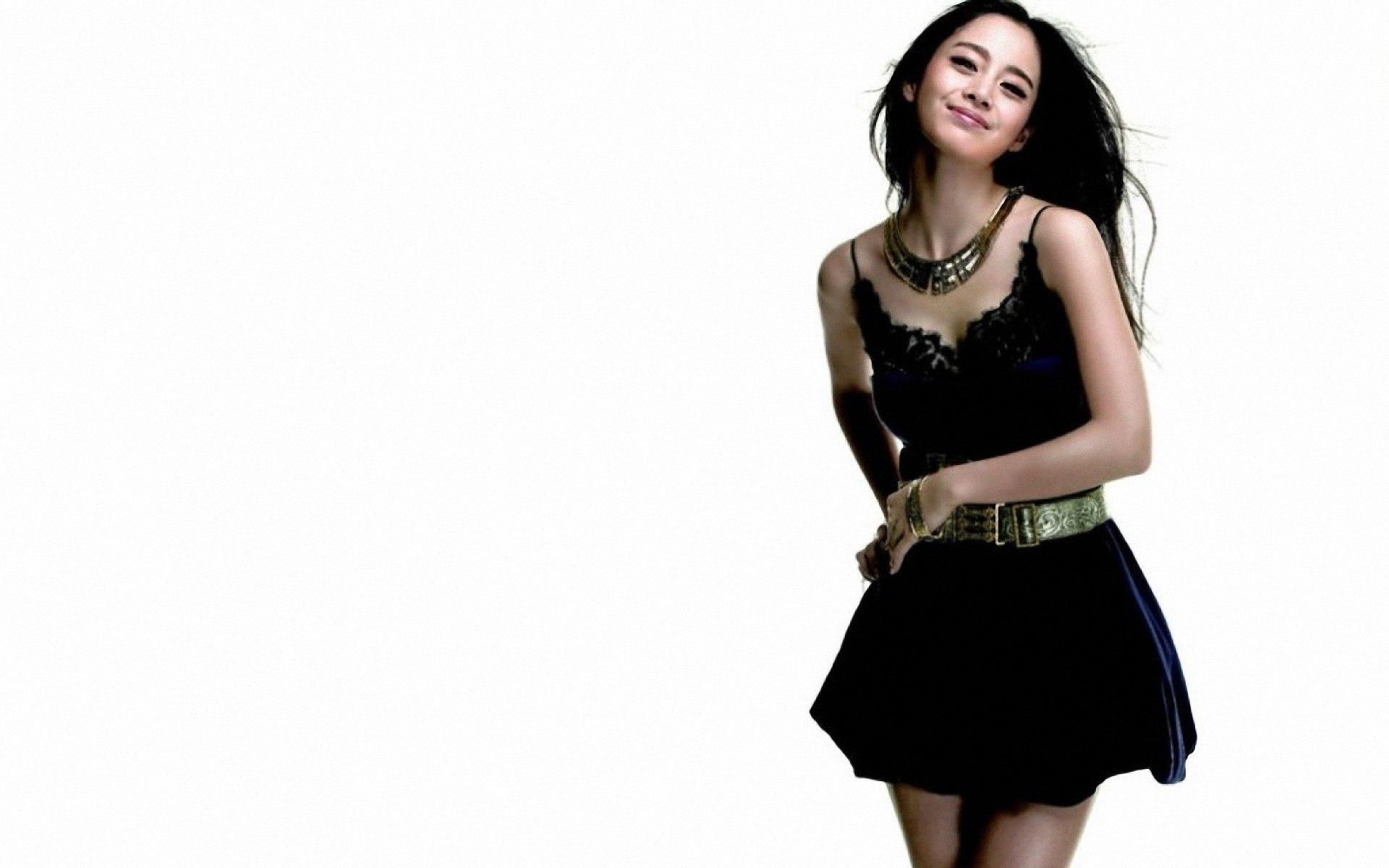 Kim Tae Hee Model  HD HD Wallpaper
