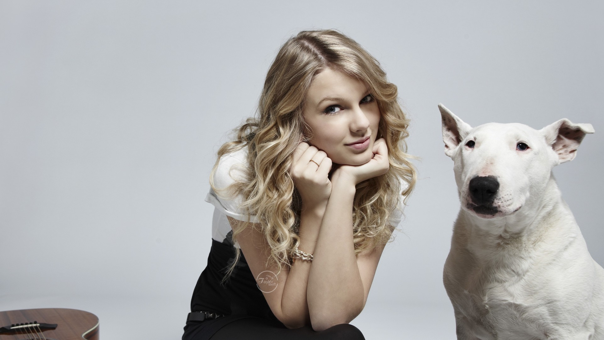 Taylor Swift Beautiful HD Wallpaper