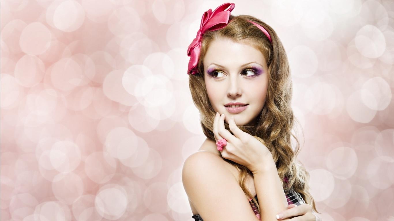 So Cute Model  HD Wallpaper