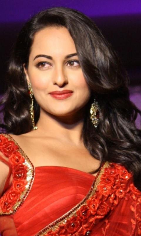 Bollywood Actress HD Wallpaper