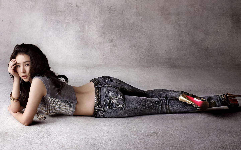 Shin Se kyung 1920x1080 Celebrity      HD Wallpaper