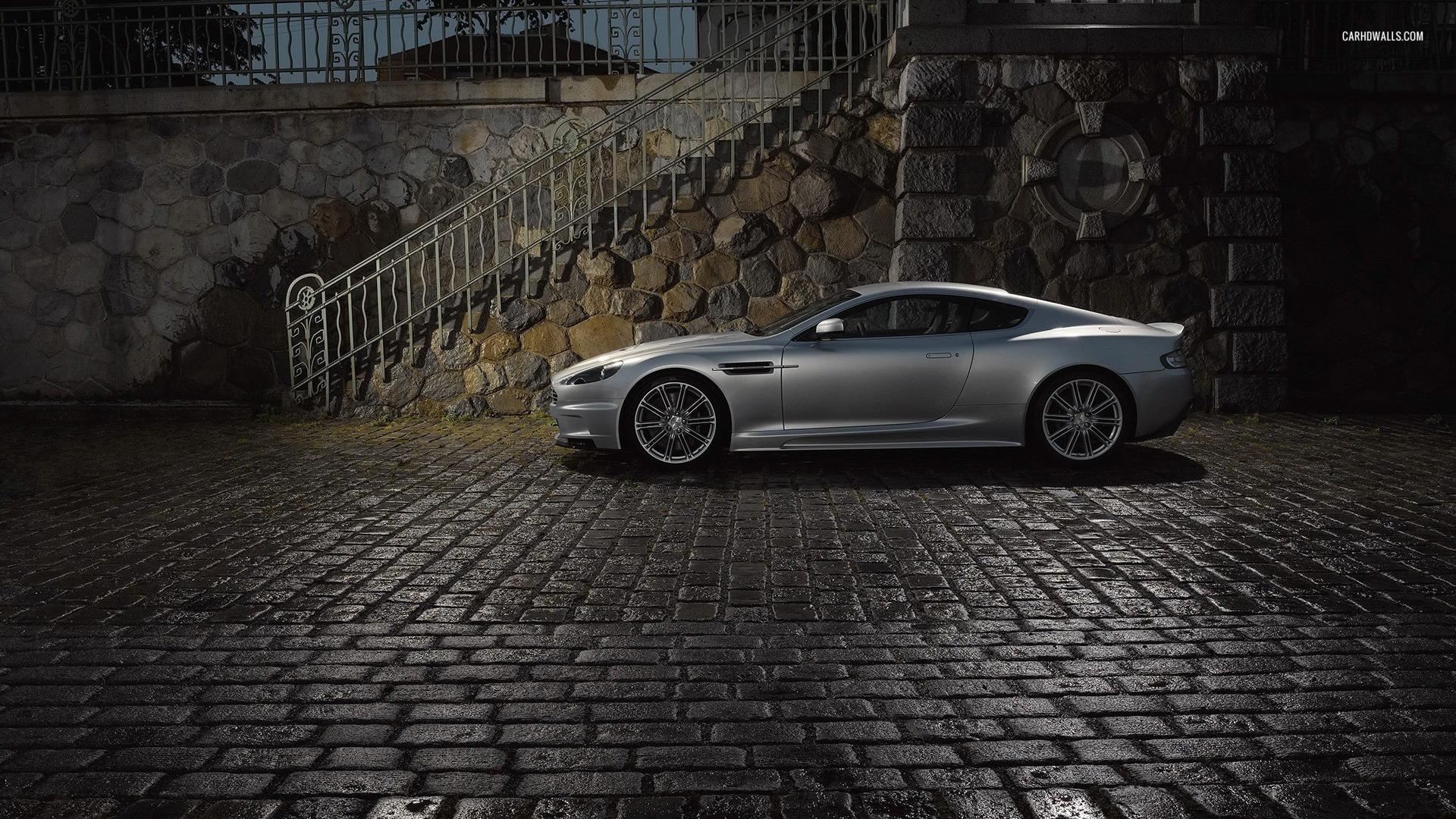 Aston Martin DBS V12    HD Wallpaper