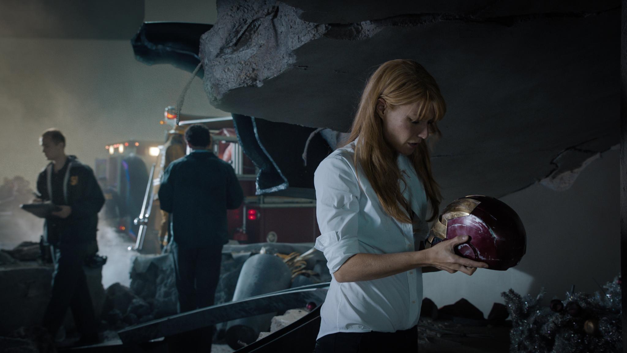 Movie Review  Iron Man 3  Shane Black s Dark Humor and Verbal Wit HD Wallpaper
