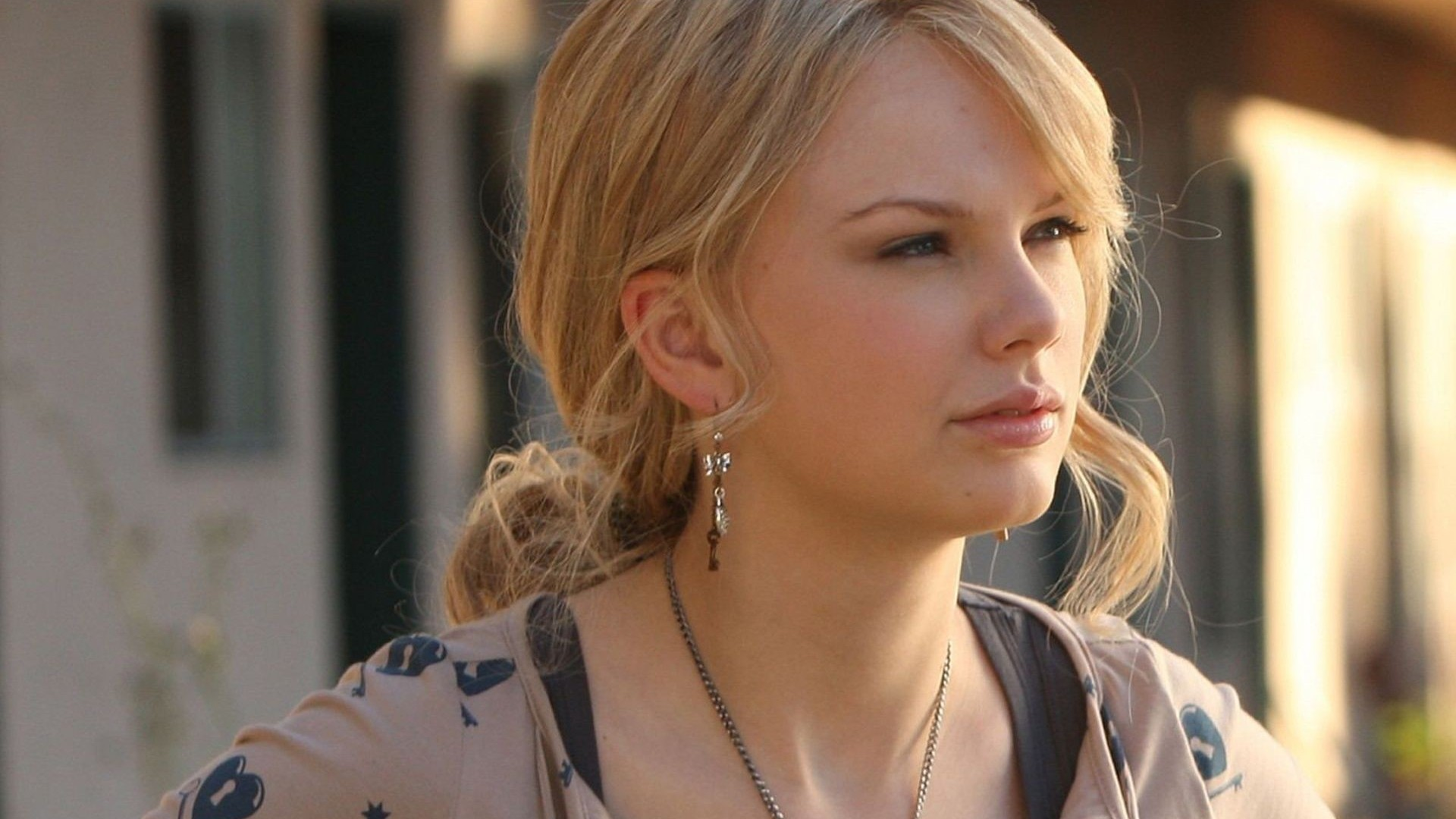 Taylor Swift  American  Country music  Singer  Vogue  Pretty HD Wallpaper