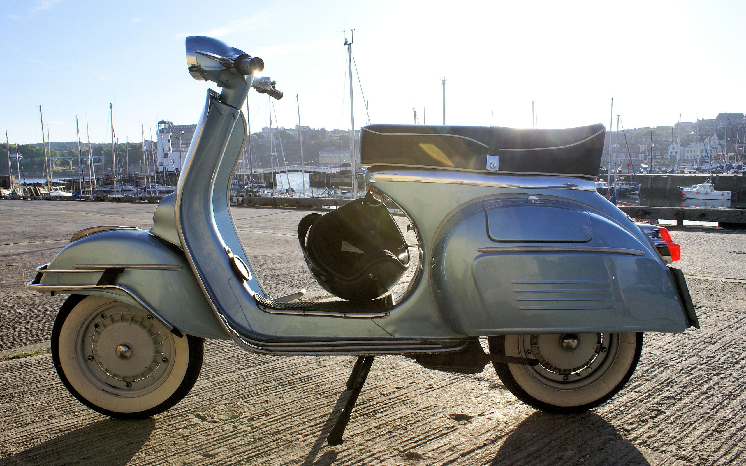 Fordon Scooter Tapet   Bakgrund 2560 x 1600   Id  244399 HD Wallpaper
