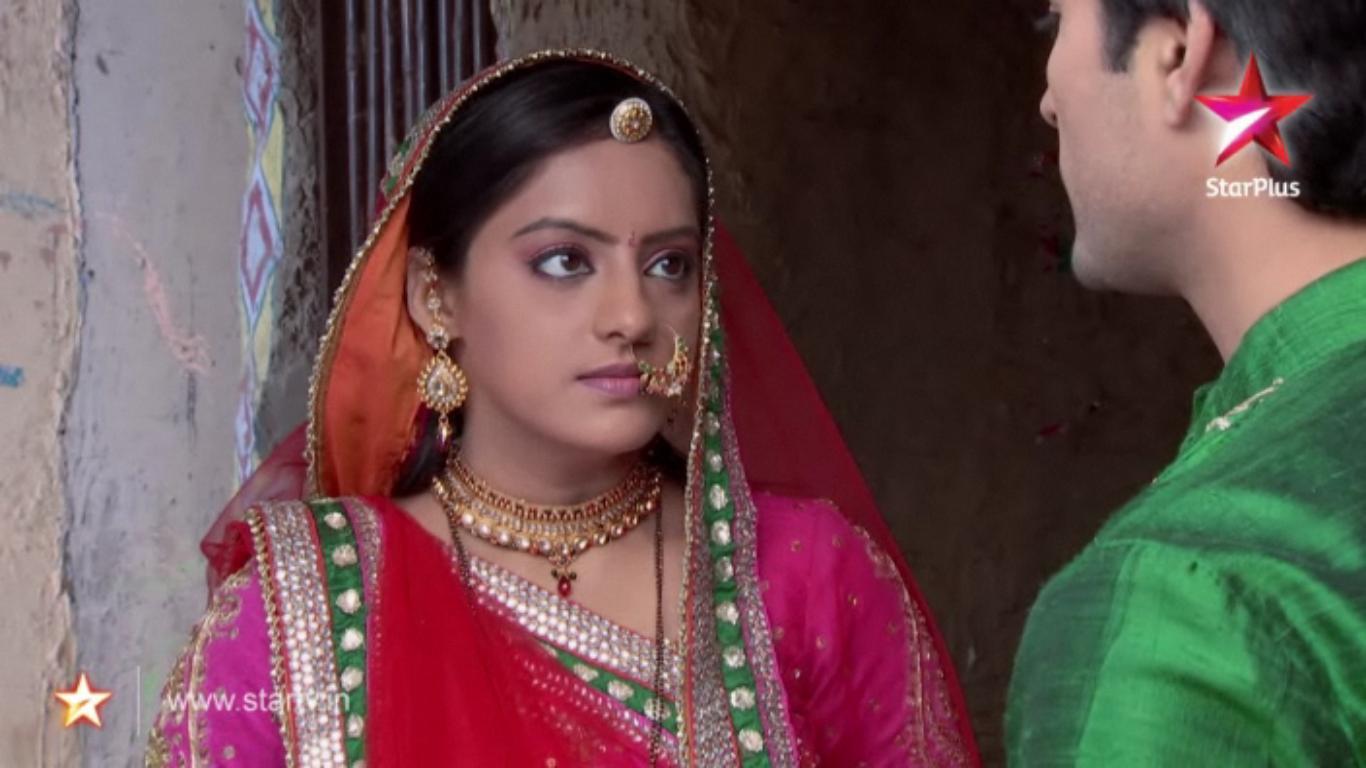 Pin Pin Indian Entertainment Videos Diya Aur Baati Hum Episode HD Wallpaper