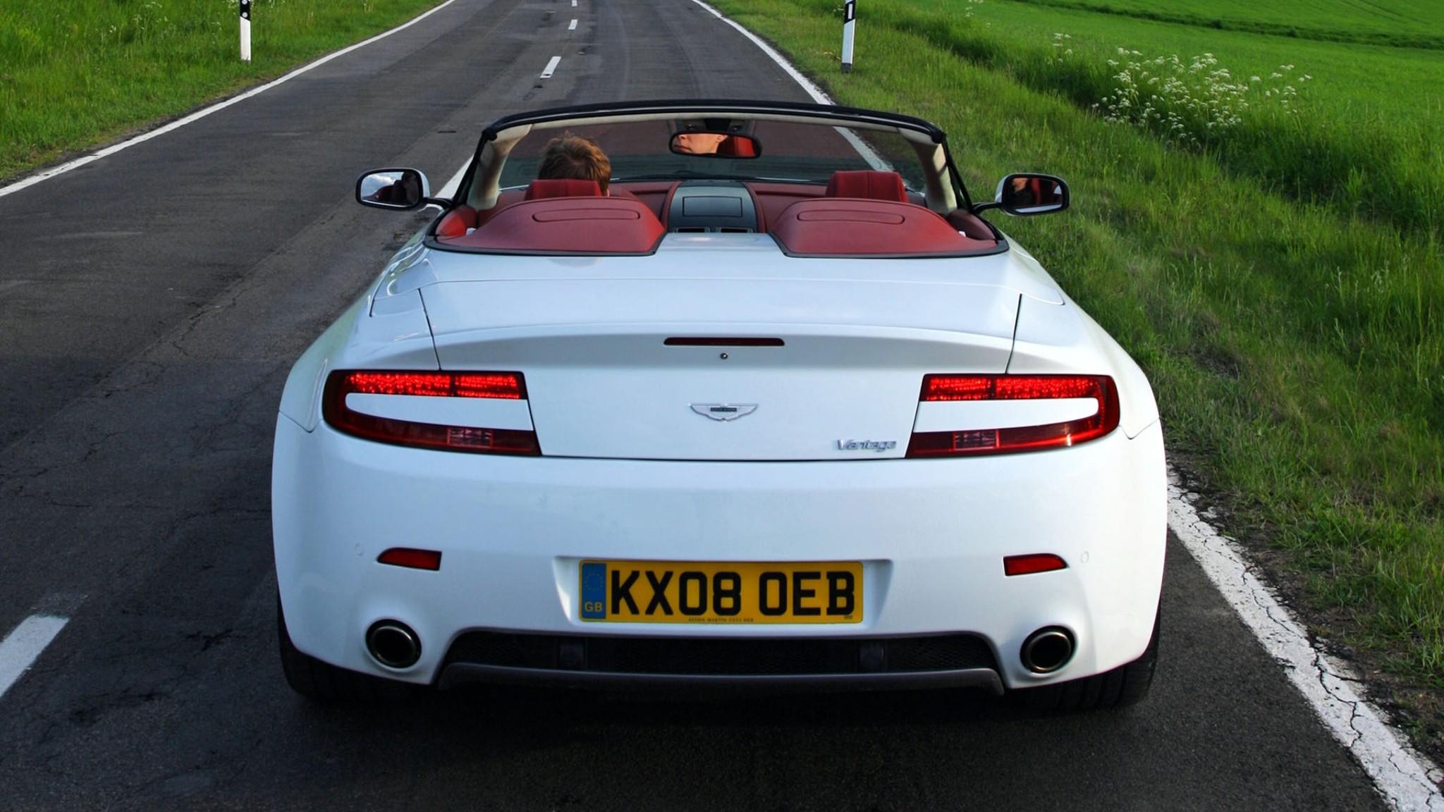 Aston Martin  V8  Vantage  natura  bianco   Sfondi desktop gratis HD Wallpaper