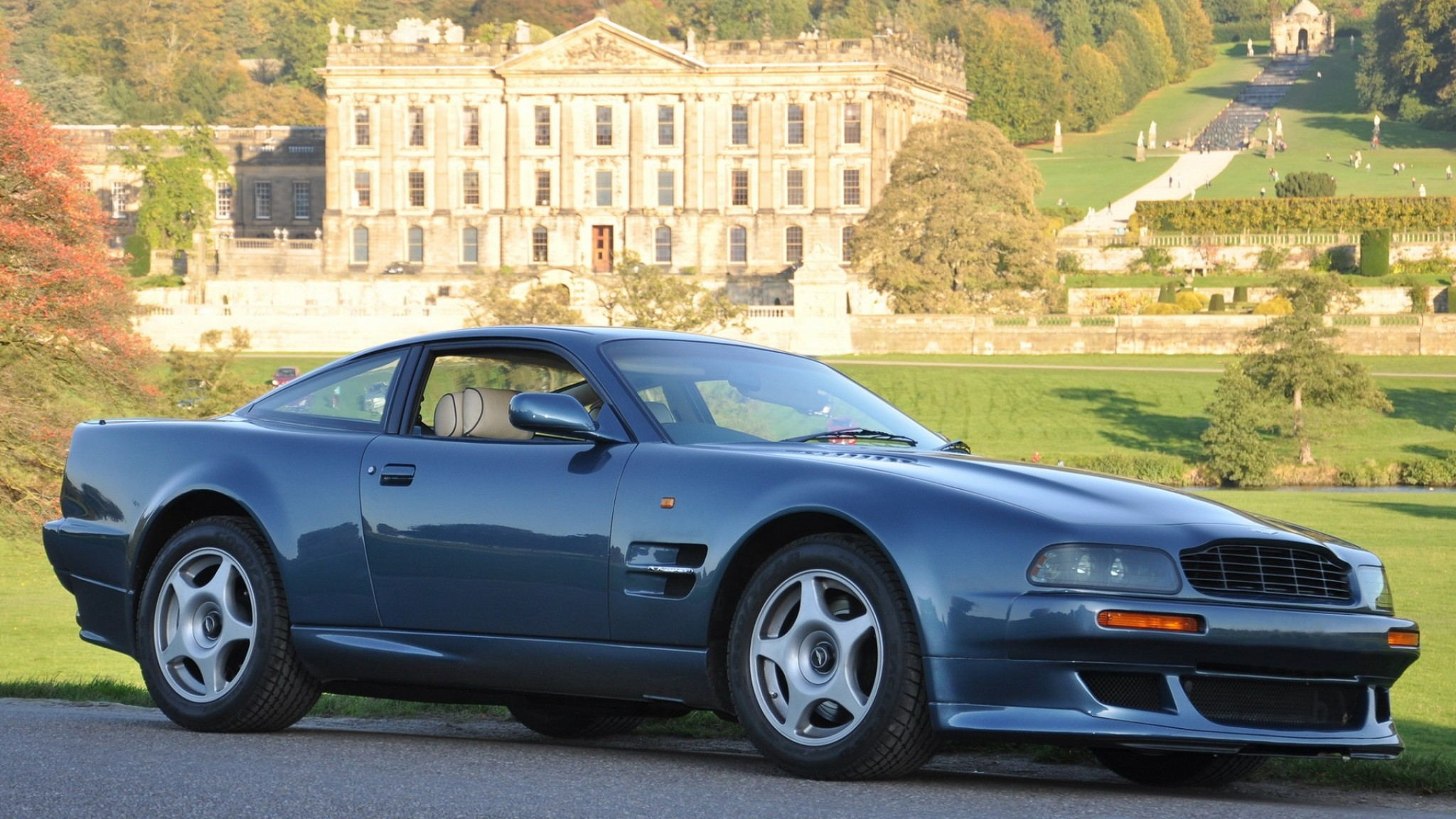 Aston Martin  V8 Vantage 1998  Blu  Vista laterale  Auto  Natura HD Wallpaper