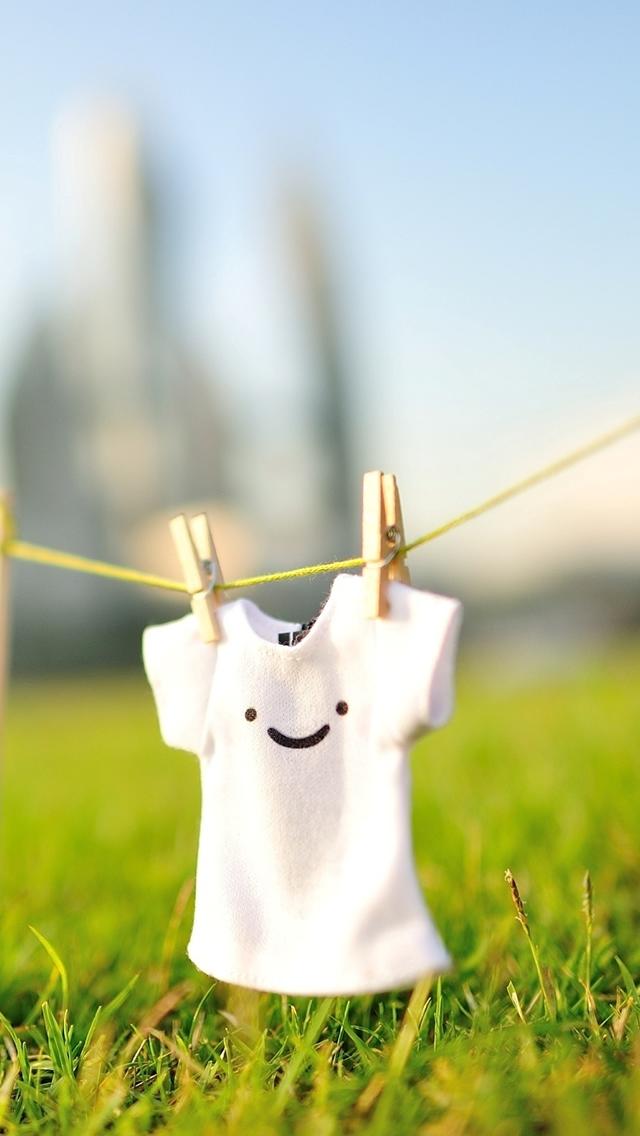 Cute Smile T shirt   mobile9 HD Wallpaper