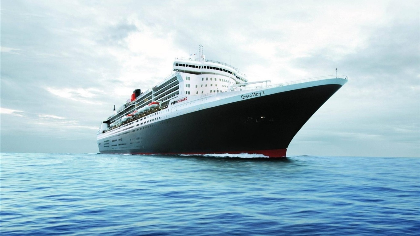 Queen Mary Yacht High Quality    1366x768  HD Wallpaper
