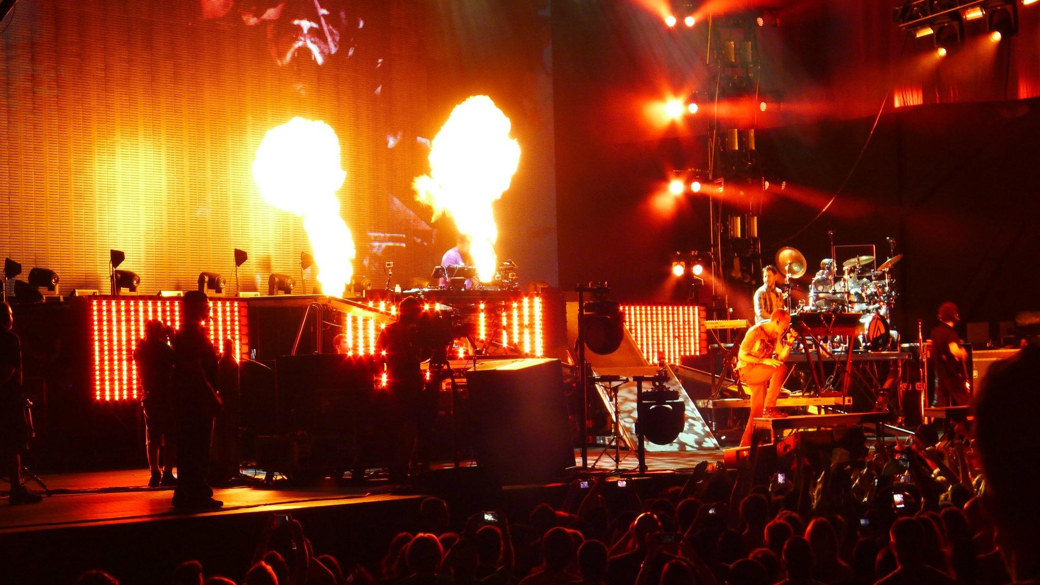 Past Meets Present  Linkin Park Honda Civic Tour 2012 HD Wallpaper