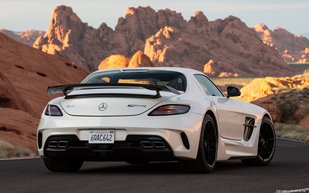 Car                Mercedes Benz HD Wallpaper