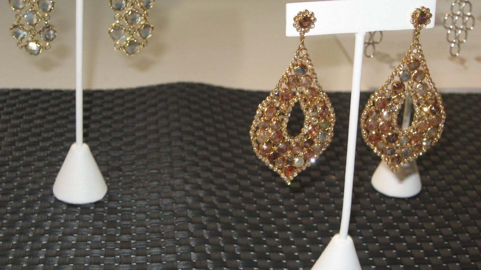 fashionably petite  Jewelry Information Center s Fine Jewelry HD Wallpaper