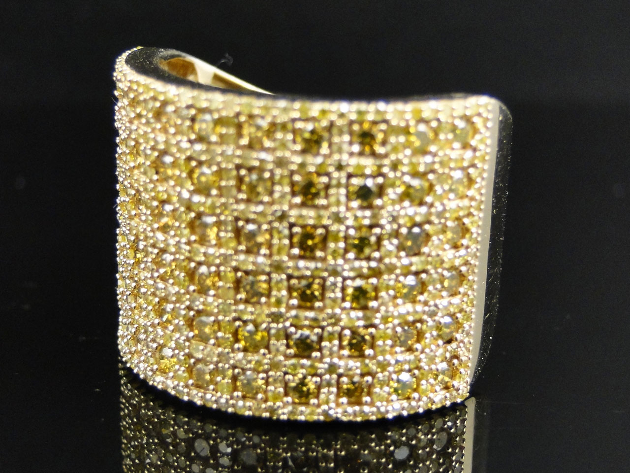 Mens Yellow Gold Round Cut Yellow Diamond Pave Designer Fashion HD Wallpaper