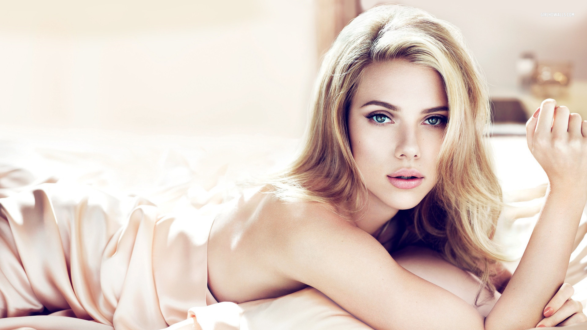 Sexiest Woman Alive  Scarlett Johansson   Mr  Conservative HD Wallpaper