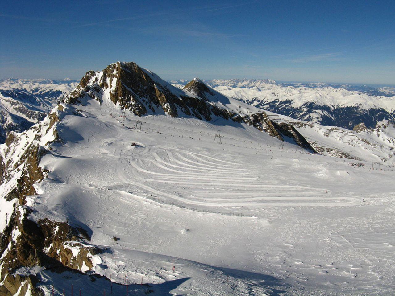 Alps Swiss Gstaad Winter Tavel HD Wallpaper